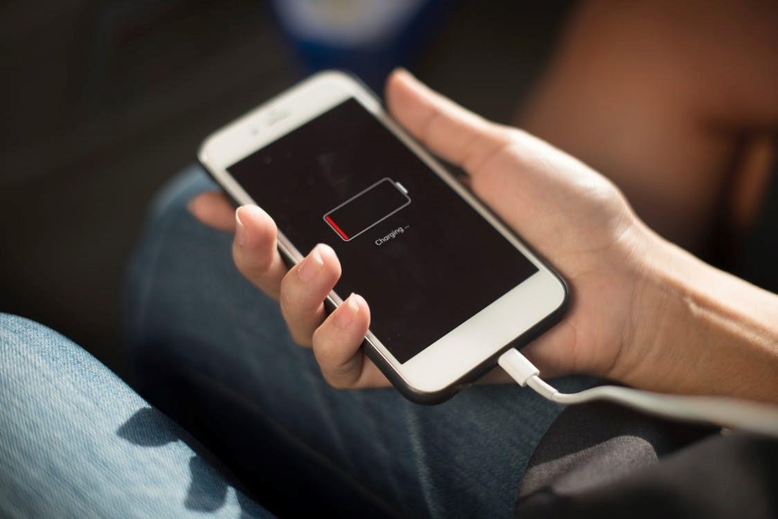 oplader til mobil uden strøm